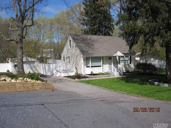 Beautifully Renovated Home. New Kitchen w/SS/Granite, New Baths, Roof, Floors, Siding, CAC. Crown Mldgs and Barn Wood Accents. Full Finished Bsmt w/Bath, Office, Den. Large 1/2 Acre Fenced Yard, Detached 1.5 Garage. Nice Landscaping. Move In Ready, No Work to be Done.Tons of Charm. Longwood Schools. Low Taxes.