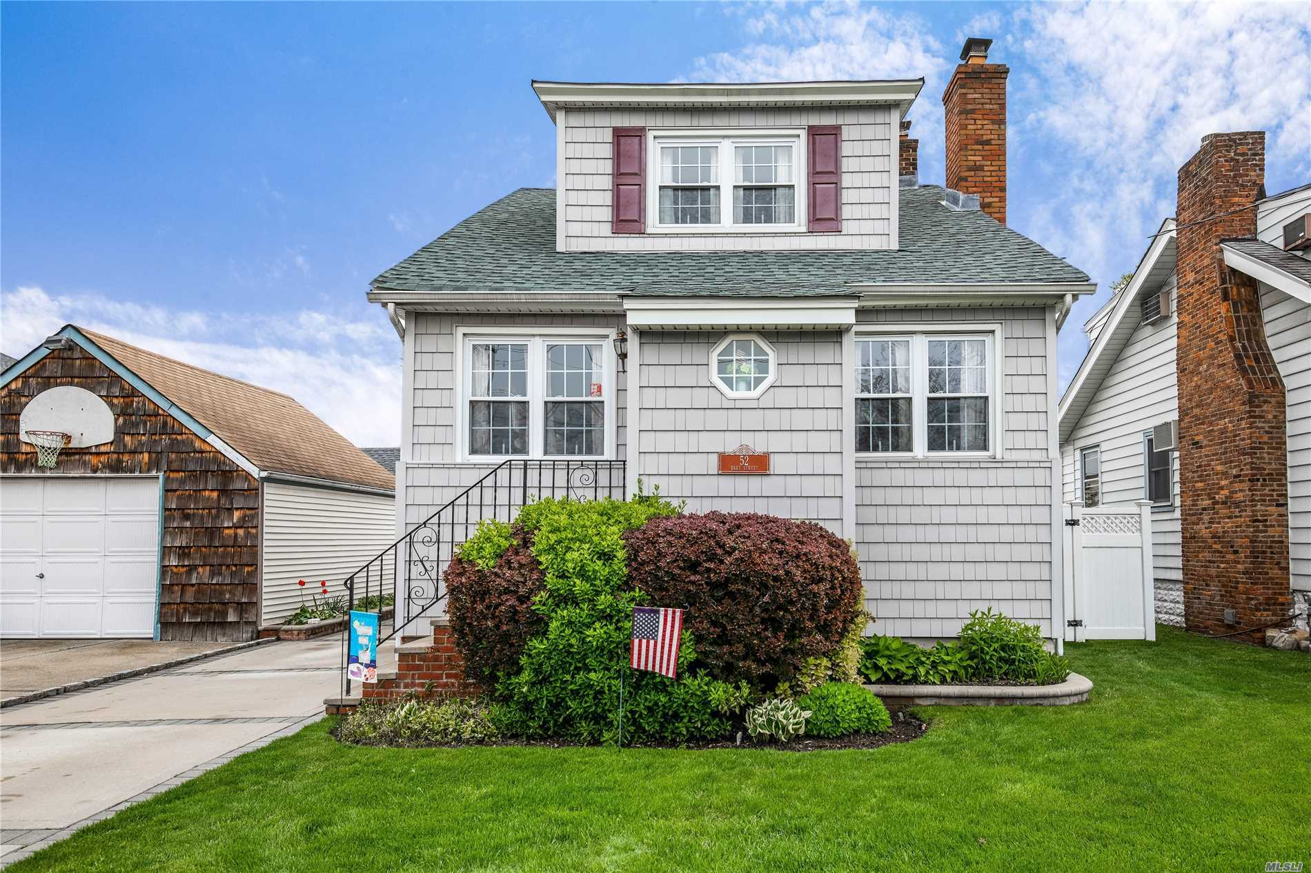 3br, 2fbth colonial in south area of East Rockaway. Lr w/ wood burning fireplace, DR, EIK. New roof 1st layer (2018), gas boiler and HW heater, electric and sump pump installed 2012. Large fully fenced in yard, 2 zone IGS. Close to town, shopping, schools and parks. Close to LIRR for easy commute.