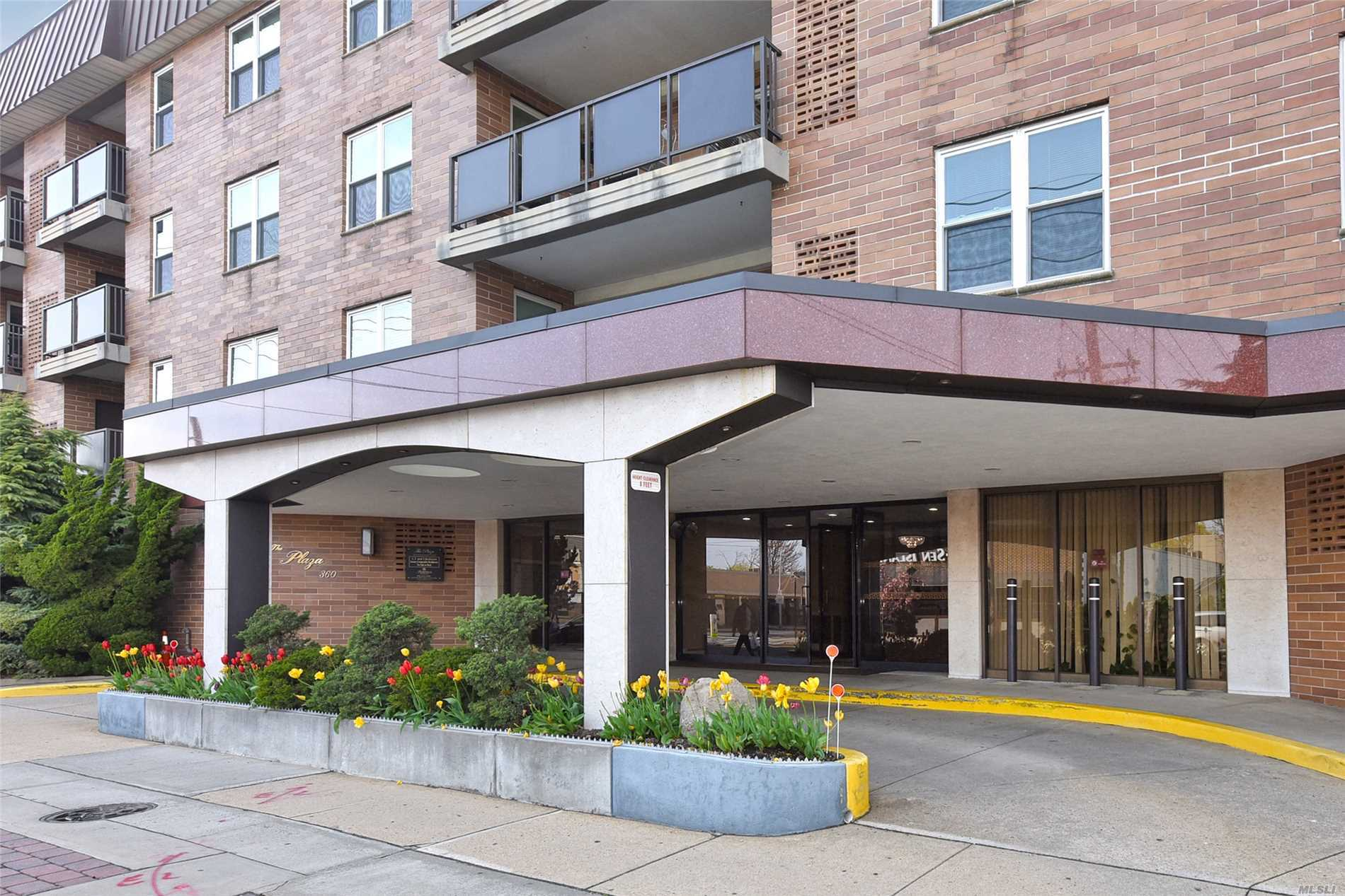 Spacious 2 BR, 2 Bth Coop in Luxury Doorman Building with Elevator. Entry Hall, LR, FDR & EIK. Large Mstr Suite w/ WIC & Bth. Quiet Location in Back of bldg Overlooking IG Pool & Patio.24 Hr Doorman, Indoor Pkg, Terrace, W/D on Each Floor Private Storage Area.ots of Closets. CAC. Near All
