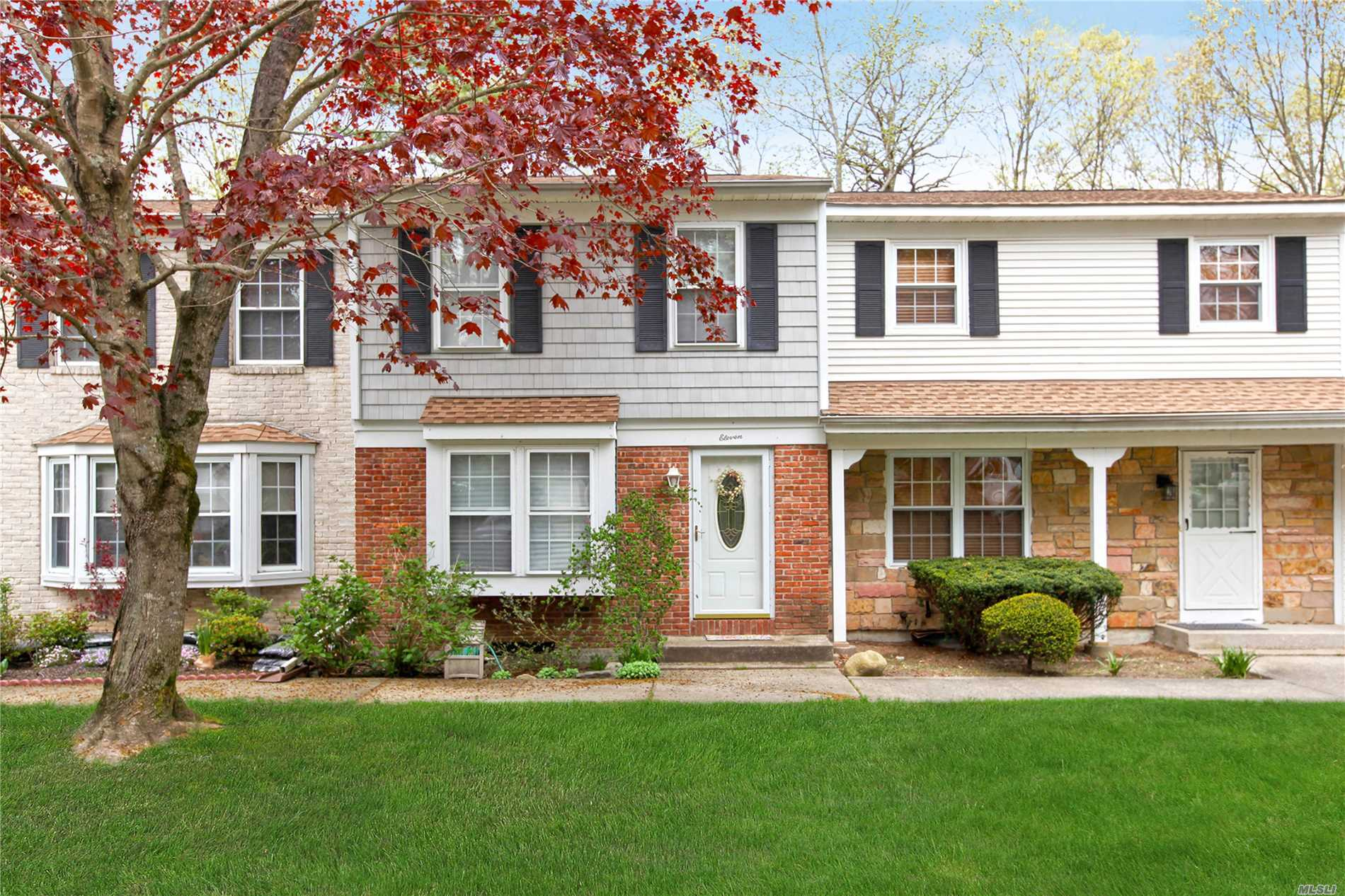 Beautiful 2 bedroom townhouse condo in Colonial Woods. Features full basement, formal living room, dining area, kitchen, two large bedrooms and one and a half baths and private yard. Amenities include community pool, tennis, assigned parking space, and clubhouse.