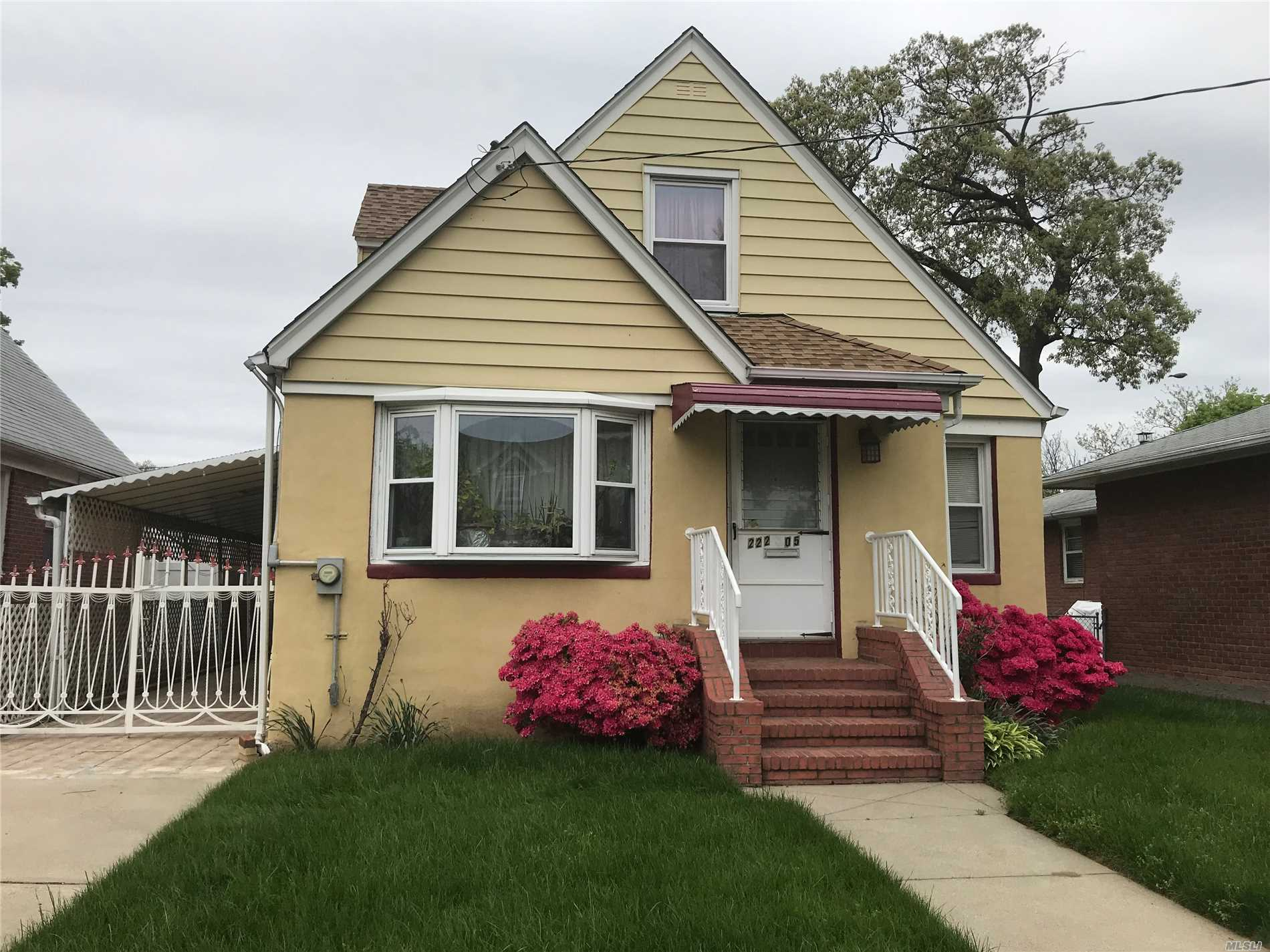 Charming Cape On A Dead End Street On A 40X100 Lot With Great Proximity To All. Oversized Garage, Long Driveway And Great Curb Appeal. Updated Gas Heat, HW, And Electric. Gleaming Hardwood Floors And Much More....