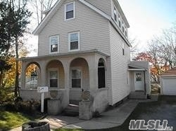 Nice Large Apartment In Attractive House on 1-way street  2nd And 3rd Floors. Good Closet Space, Stacked Washer And Dryer. Close To Park, Restaurants And The Beach. Yard is shared with 1st floor tenant