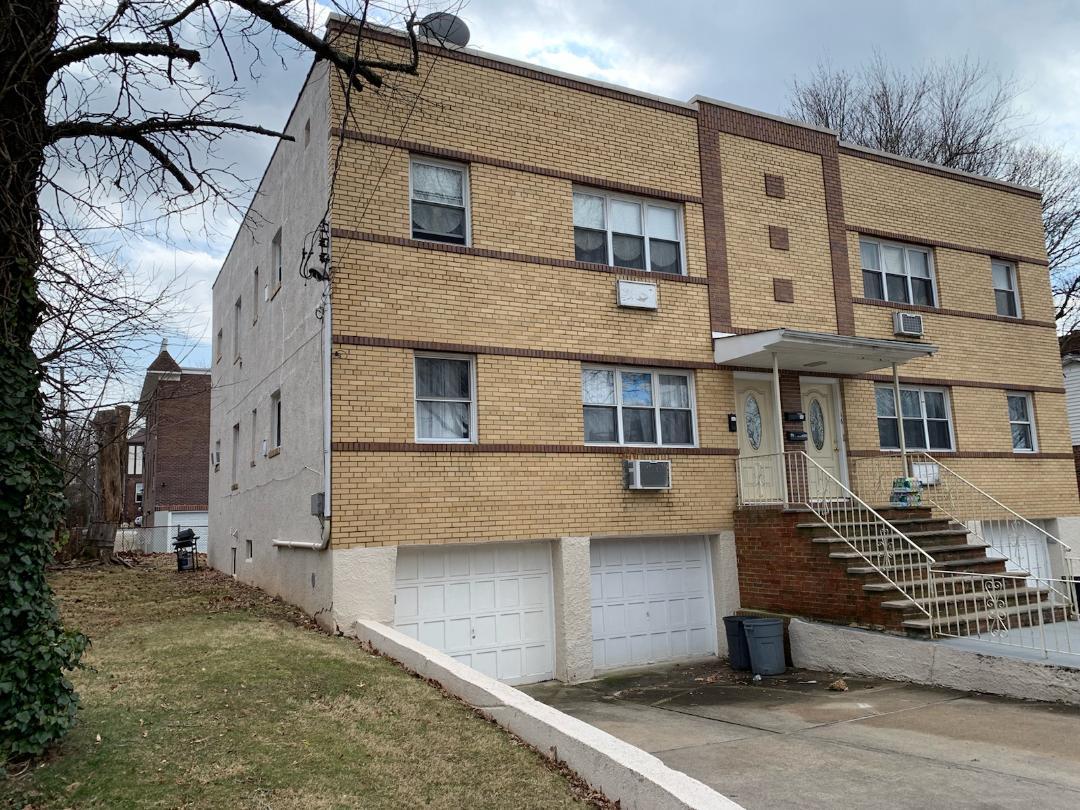 Modern 6 rooms, 3 bedroom apartment, 2nd floor Parking