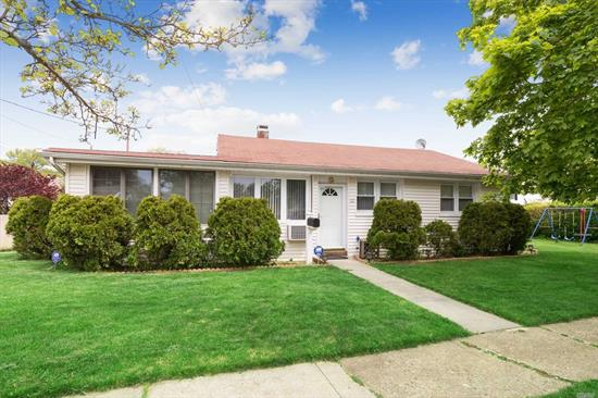Charming Ranch House with 3 Br.and 2 Baths , 4Br or Family Room/Master Br. Close to Green Acres Mall, Lirr Train Station , 15 Min. Drive to JFK, Robert Cabonaro Elementary School and Valley Stream High School.