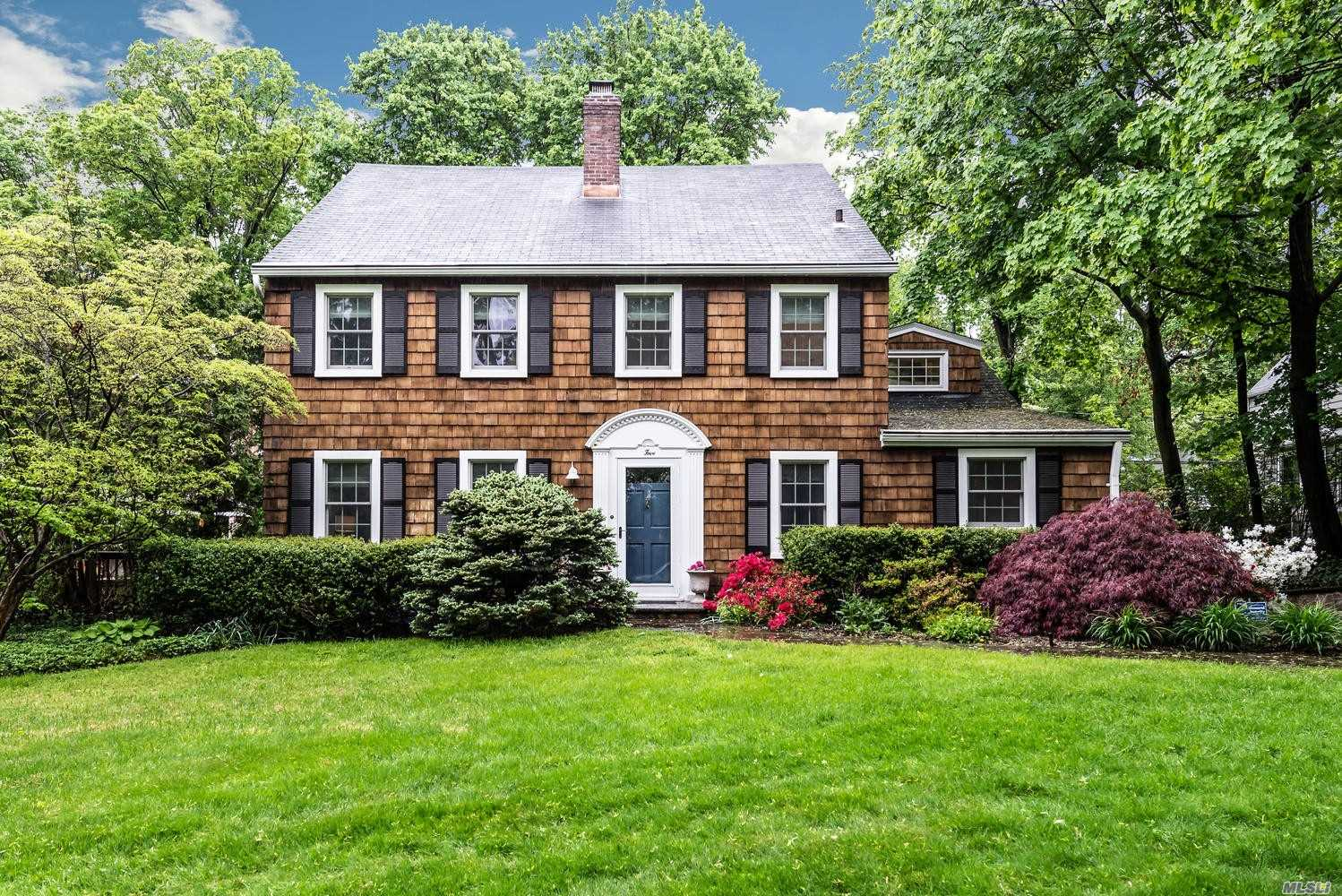 Completely Renovated Beacon Hill Beauty On Lush .24 Acres Close To Town & Train! No Stone Left Unturned In This 3+BR/3Full /2 Half Bath Center Hall Colonial. Gather In Over-sized Custom Chef's Eat-In Kitchen With Quartz Counters, High-End Appliances & Radiant Heat. Living Rm w/Stunning Mill-work, Wood Burning Fireplace, French Doors Leading To Formal Dining Rm & Den/Office.Large Deck .Walk Out Lower Level Rec Rm w/Fireplace. 3rd Fl Walk-up. Quality Throughout! Beach/mooring/tennis w/membership&fee