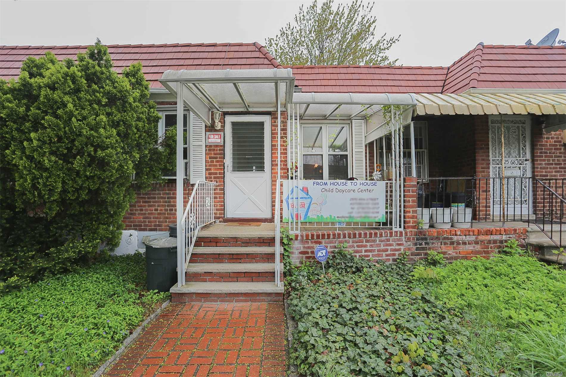 Lovely all brick ranch home with full above grade basement in Astoria, Queens. Great starter home or perfect for downsizing. As per GeoData (Lot size: 20 x 100, Bldg size: 20 x 41, Gross Living Area: 1, 584 sq ft). Home feats 2 full size bedrms (one with patio & backyard access), 2 full bths, renovated kitchen with shaker cabinets, granite countertops & stainless steel appliances; Open concept kitchen, hardwood flrs, full finished bsmnt with washer/dryer, recreation rm, full bth, backyard access