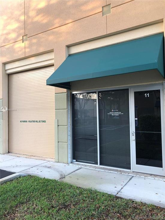 Very Spacious Warehouse In Weston. Across From Charter School. A Total Of 1534 A/C Sqft & 100 Sqft Of Office Space. Warehouse Has Office In Front Of Building, Restroom Facilities, Security System And 1 Bay Door.