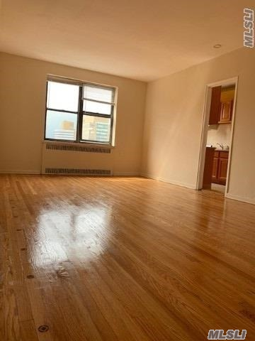 Spacious Studio renovated Sunny and great closet space. Elevator, Laundry room in the building. Pets ok (Case by Case). Near Subway M, R trains stop.