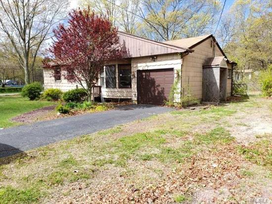 Ranch Style Home. This Home Features 3 Bedrooms, 1 Full Bath, Dining Room w/fplc, Eat In Kitchen & 1 Car Garage. Centrally Located To All. Don't Miss This Opportunity!