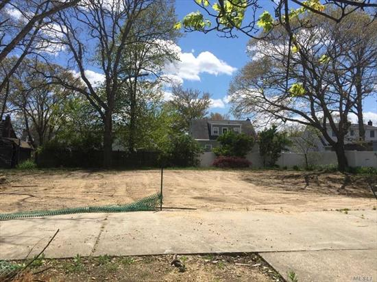 Large Lot Ready to Build-Negotiable