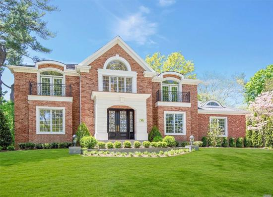 Welcome to this Gold Coast Grandeur in the heart of Country Club.  Palatial, elegant, extraordinary 5, 700 sqft. brick Colonial, 5 Br, 6.5 Baths, state-of-the-art gourmet kitchen with top-of-the-line appliances, radiant heat throughout foyer, powder room & kitchen, open floor plan, quality craftsmanship throughout, set on exquisitely landscaped property. Renowned Wheatley/East Williston School District.