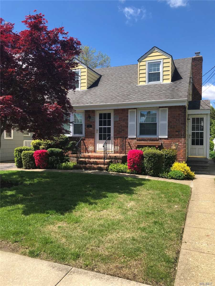 Well maintained home on beautifully landscaped property. Basement has outside entrance. Gas Heat & Cooking. On the border of Garden City, Cul-de-sac. Mid-block location. Move in condition, Near RR, Bus Station, Hospital and Mall
