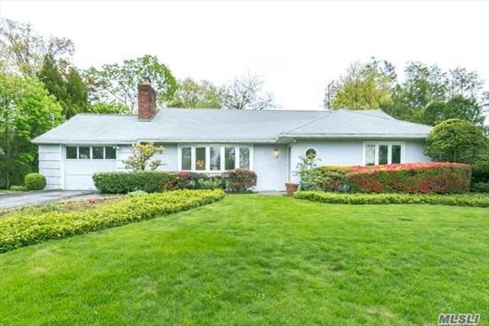 LAKE SUCCESS SPRAWLING RANCH. 1st Time on Market. Sunny Interiors. Wonderful Sky-Lit Den. Enjoy Lake Success Country Club Community: Private Police, Golf , Pool, Tennis and Gym. Close Proximity to Northern Blvd. and LIRR. Lakeville Elementary school; Great Neck South Middle and High.