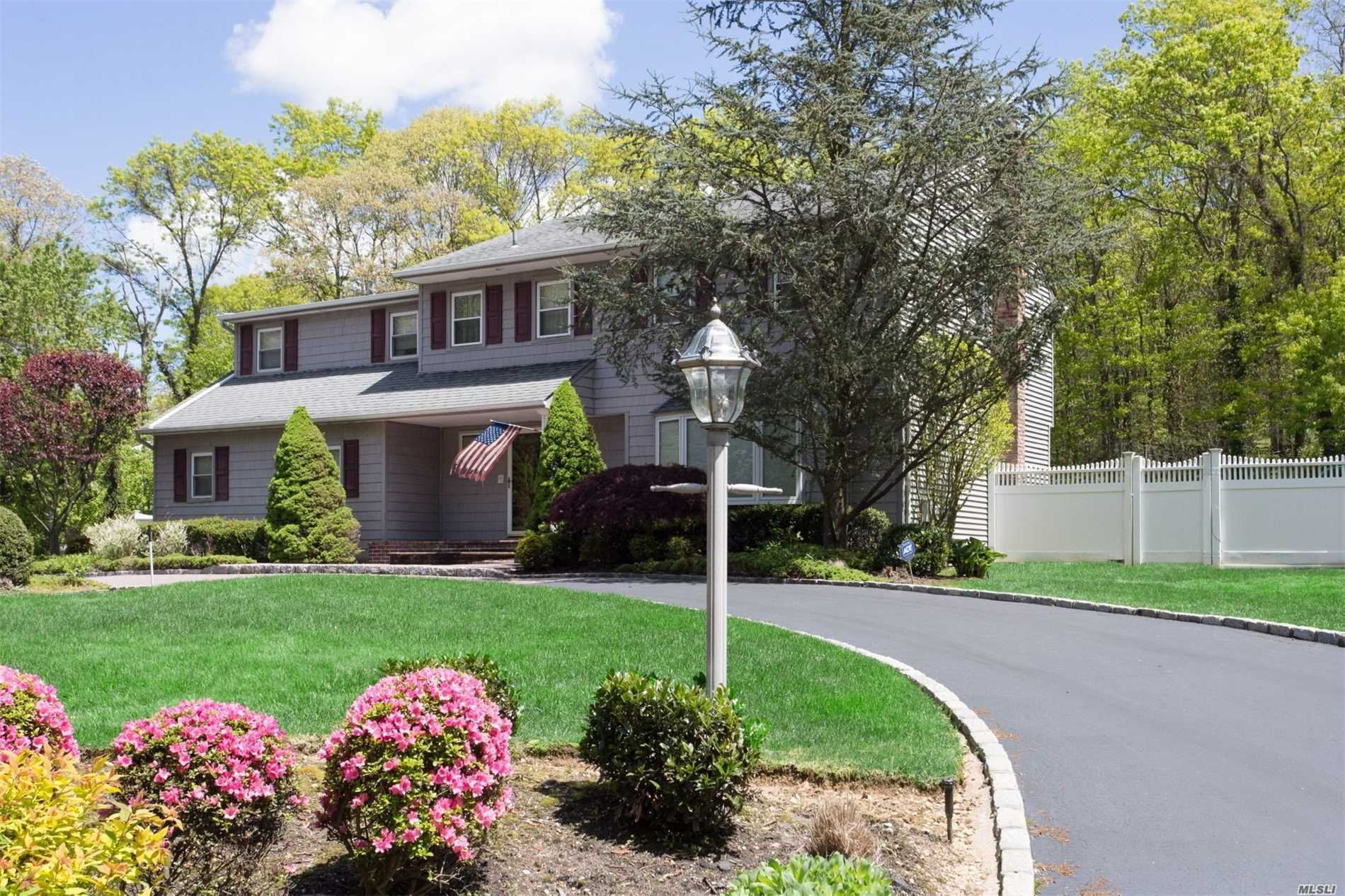 Pool is open!!!! Look No Further! Totally Updated & Expanded 4 Bedroom Colonial In Commack Schools! Features, Expanded Master Suite W/Huge Wic & Bath, Den W/Fpl, Formal Dinning , New Eik w/ Stainless Kitchen W/Radiant Heat , Full Finished basement, Newer Roof, Siding, Pellar Windows, Cac, Heating System, Cesspools & So Much More! !Beautiful 1 Acre Yard W/Fenced Pool , Cabana W/ Bath, Paver Patios Making This The Perfect Yard For Entertaining !
