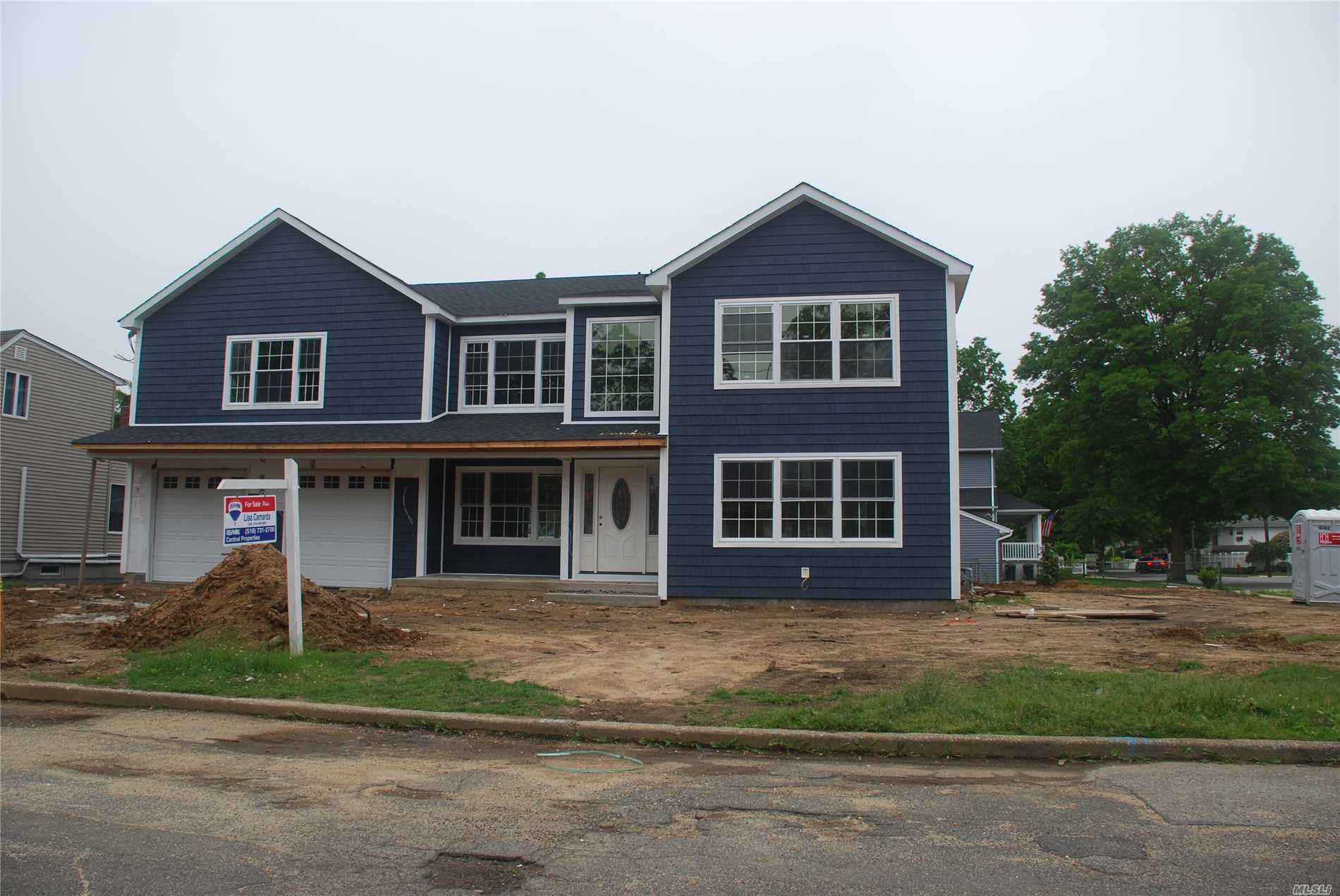 Being Built 4400 Sq Ft Colonial With 5 Bedrooms And 2.5 Bath. Hardwood Floors Throughout. Large Eik Open To Family Room With Fireplace. 2 Zones For Cac And Heat. Master Bedroom Suite With Wic And Full Bath. 4 More Bedrooms, Full Bath And Laundry. Time To Pick You Colors. Taxes To Be Determined