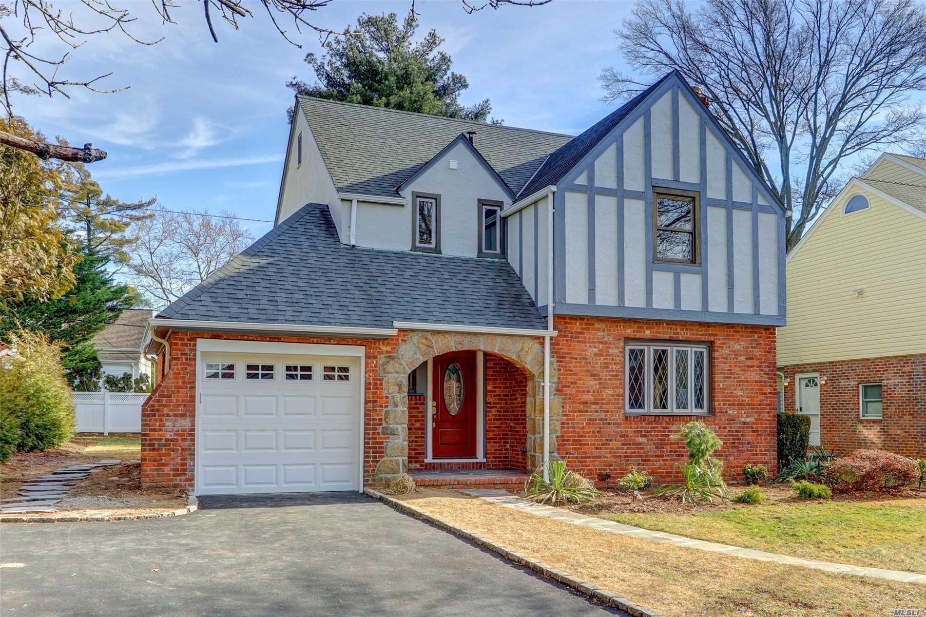 Newly Renovated Classic English Tudor. 5 Min Walk To Town And LIRR, Mstr Br W/Bth, Plus 2 Lg Br, 3.5 Bth, Hw Floors, All New Kitchen W/SS Appliances And Quartz Counter Tops And Open Floor Plan, Lg Dr And Lr W/Wood Burning Fireplace, All New Plumbing And Electric, New Energy Efficient Cac/Heat 2 Zones And Tankless Boiler, Full Finished Bsmt, Top Rated Manhasset Sd #6. Move Right In!