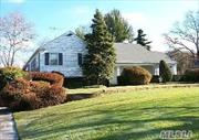 Beautiful park like property on prestigious street in Woodsburgh. Lovely home with open layout great fro entertaining and family living.