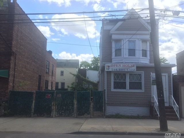 Beautiful 1 Family House in the Heart of East Elmhurst. New Kitchen . New Bathroom . Hardwood Floors . Next Door Lot Come with The House.