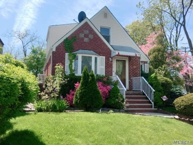 Newly Renovated, Bright, & Beautiful Large Exp Cap House with Lot size 5622. 4 BRs 3 Baths in the center of Fresh Meadows. Move in condition. 2 Detached car garage and nice big yard. SD 26, Francis Lewis High School, MS216, and PS162. Near Park, School, Shopping, transportation, etc. Bus Q17, Q26, Q27, Q30, Q31, Q88, and QM1A.