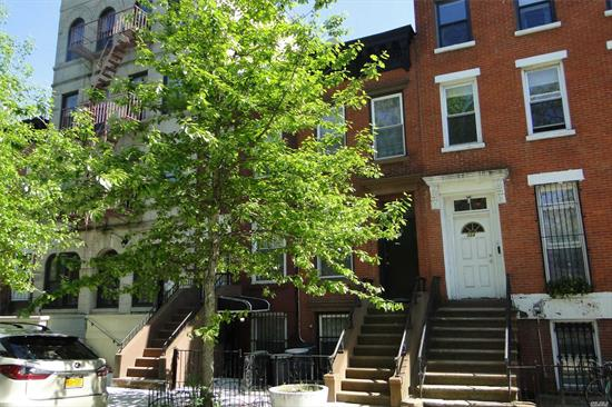 CHARMING BROWNSTONE. 5 BEDROOMS, 2.5 BATH. CLOSE TO ALL