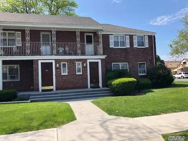 BEAUTIFUL 2 BEDROOM COOP CENTRALLY LOCATED IN THE ROSEDALE SECTION OF QUEENS FEATURES LR, DR, EIK, AND FULL BATH! CLOSE TO EVERYTHING! A MUST SEE!