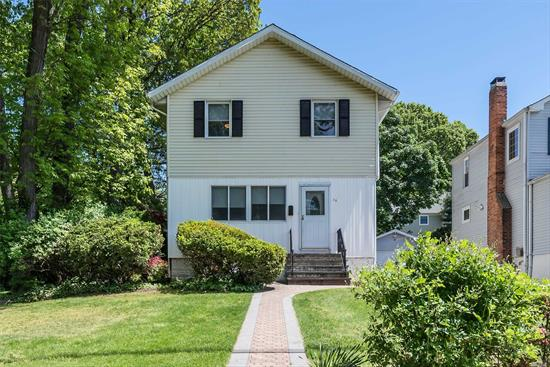 Taxes Never Grieved.Tax Impact Notice Attached.When You Add In All Exemptions:W/O Cap: $11, 675 W/5 Yr Cap: $12, 536 House Has Been Cleaned Out. Looking Good! Good Bones. Needs Updating. Alot of Space to Work With! Great Property Set in a Lovely Glen Head Community. Close to Award Winning Glenwood Elementary, UGS. Beaches, Sunsets, LIRR, Buses, Fine Dining, Shopping and Highways. Seller Very Motivated. Wants to Hear All Offers.
