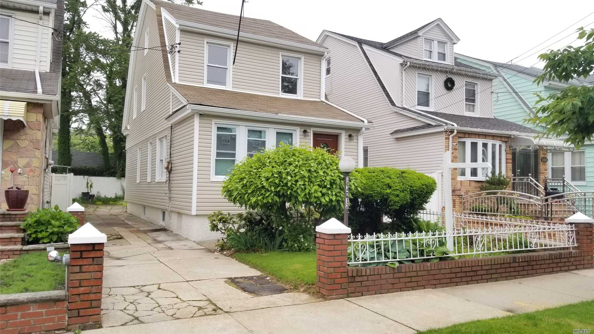 BEAUTIFUL 1 FAMILY HOUSE LOCATED ON A VERY QUEIT AREA, FULLY RENOVATED HOUSE WITH ALL NEW KITCHEN AND BATHROOMS, NEW HARDWOOD FLOORING, NEW BOILER AND HOT WATER TANK, FINISHED BASEMENT WITH LAUNDRY ROOM, FBTH, KITCHEN, SEPERATE ENTRANCE, PRIVATE DRIVEWAY, NEW SIDING AND MORE.