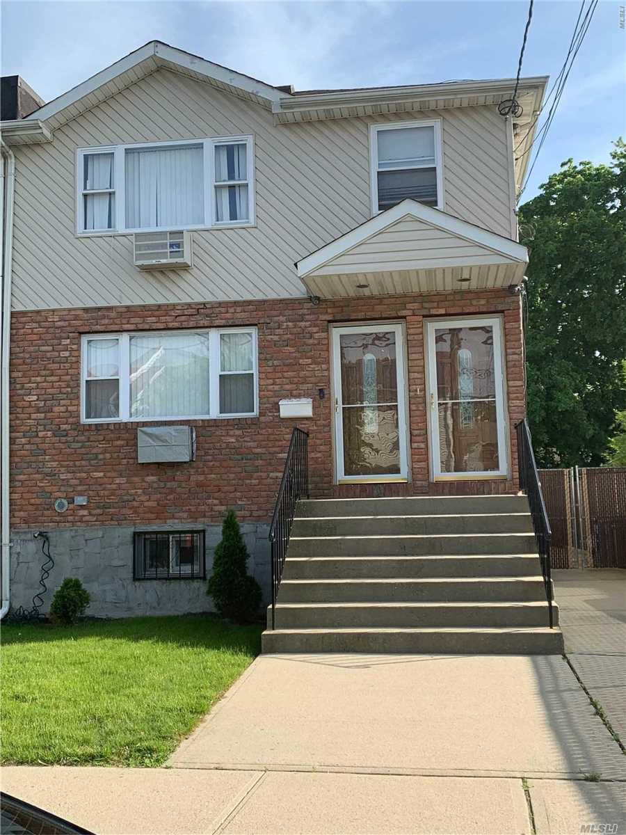 This beautiful three bedroom apartment is walking distance to LIRR, just minutes from JFK airport and Green Acres Mall.