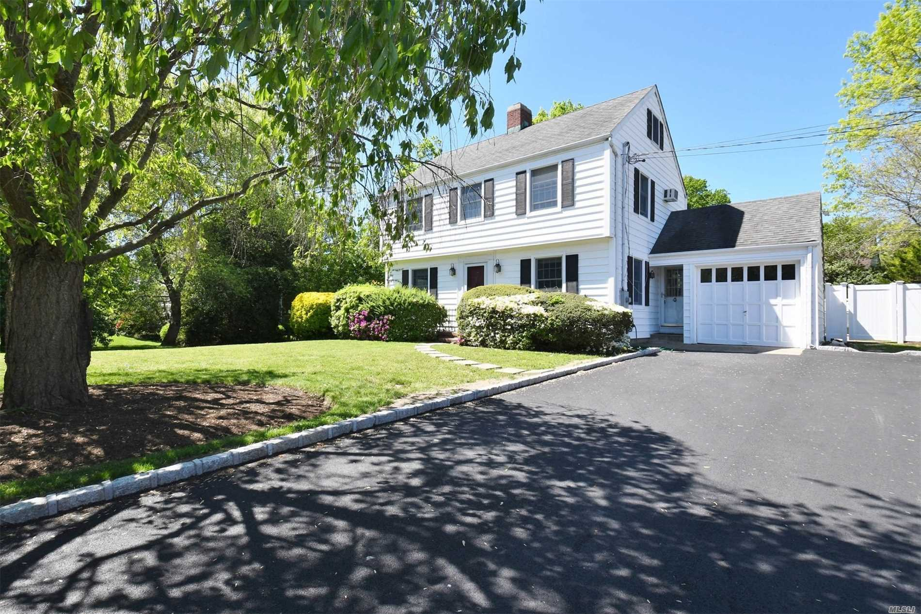 Classic Huntington Village Colonial with an Entertainer's property is a rare find. The fully fenced property offers a beautiful in ground pool, room to play & garden, privacy, and an oversized Sunroom to entertain guests. Inside find the charm of a classic updated colonial with chefs' kitchen, gleaming hardwood floors, original mil work, walk up attic, Anderson windows, 200 amp electric, lots of storage and more. Minutes to vibrant Huntington Village and the LiRR