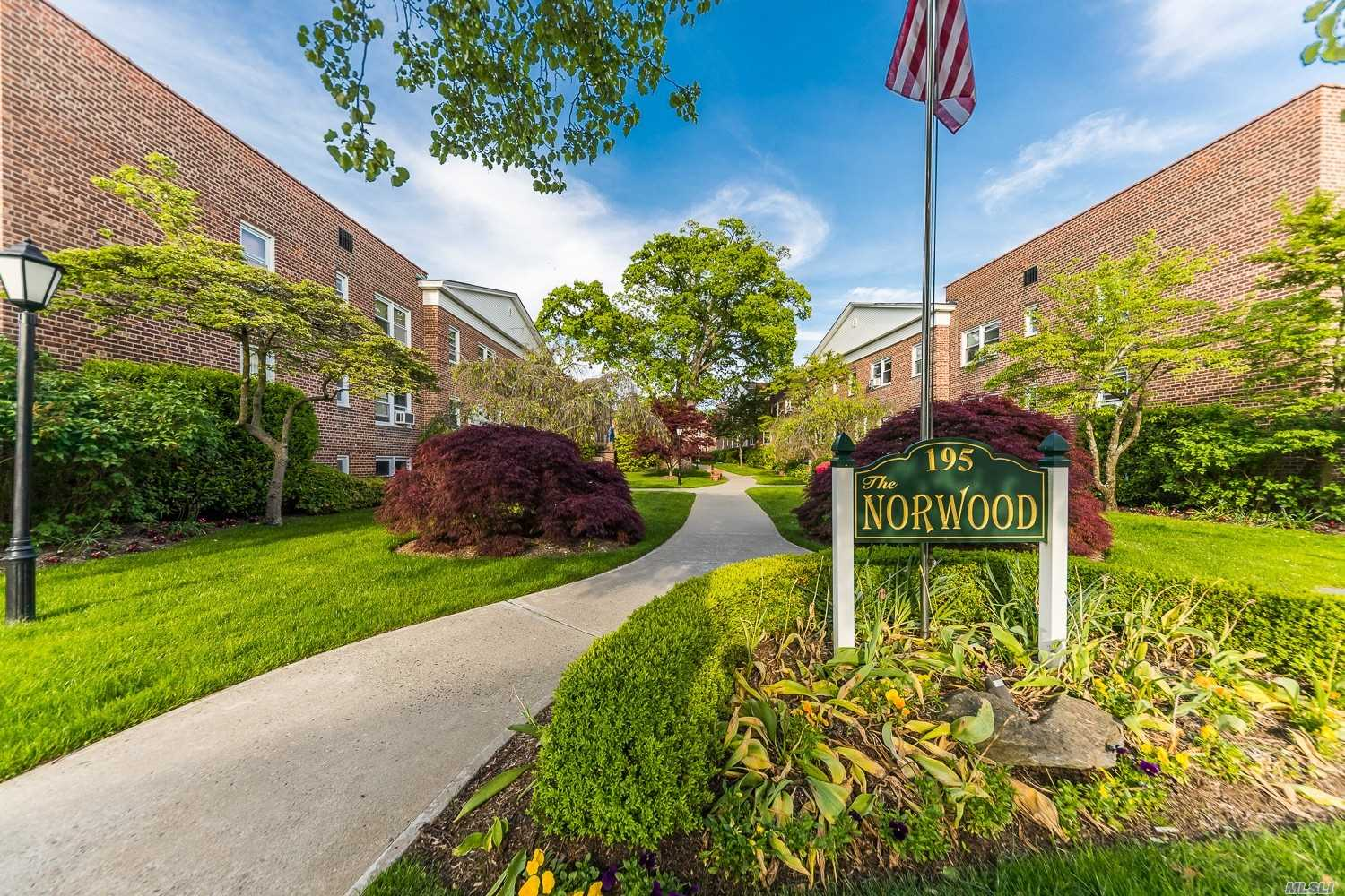 Bright and Sunny 1 Bedroom in the Beautiful Norwood Development. 1st Floor unit with Large Eat In Kitchen and plenty of closets! Storage, Bike Room and Laundry all located in Complex. Close to Village shops, Restaurants, and Train! Low Maintenance and short waiting list for parking!