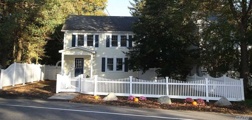 Move Right Into This North Syosset Recently Renovated Whole House. EIK With SS Appliances & Ceramic Tiles. 3 Car Tandem Driveway. Washer & Dryer Upstairs. CAC & Split Units Throughout. Lg Yard with Trex Deck & Paver Patio. Small Pet Friendly.VERY VERY VERY NEAR LIRR & TOWN