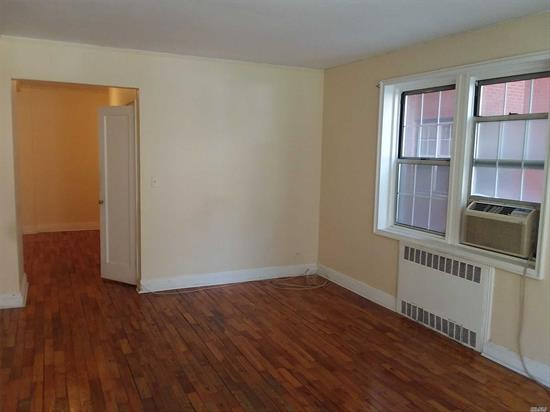 Unit will not be available for rent until 8/1/2019. Large Studio in Co-Op building. Hardwood floors, good condition. Short walk to local subway & Forest Hills shopping & more. Express bus on Yellowstone Blvd. 2 Months Security Deposit required, No Pets.