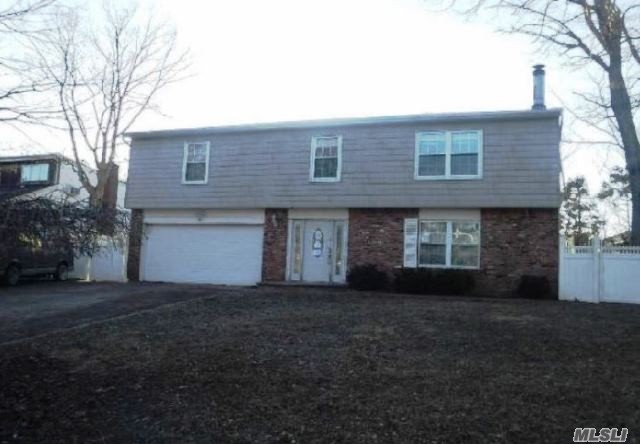 Great opportunity to own this lovely single family home in Smithtown, situated on almost a quarter of an acre. It has tons of potential! Its located close main roads with easy access to local amenities. This property won't last so place your bid today!