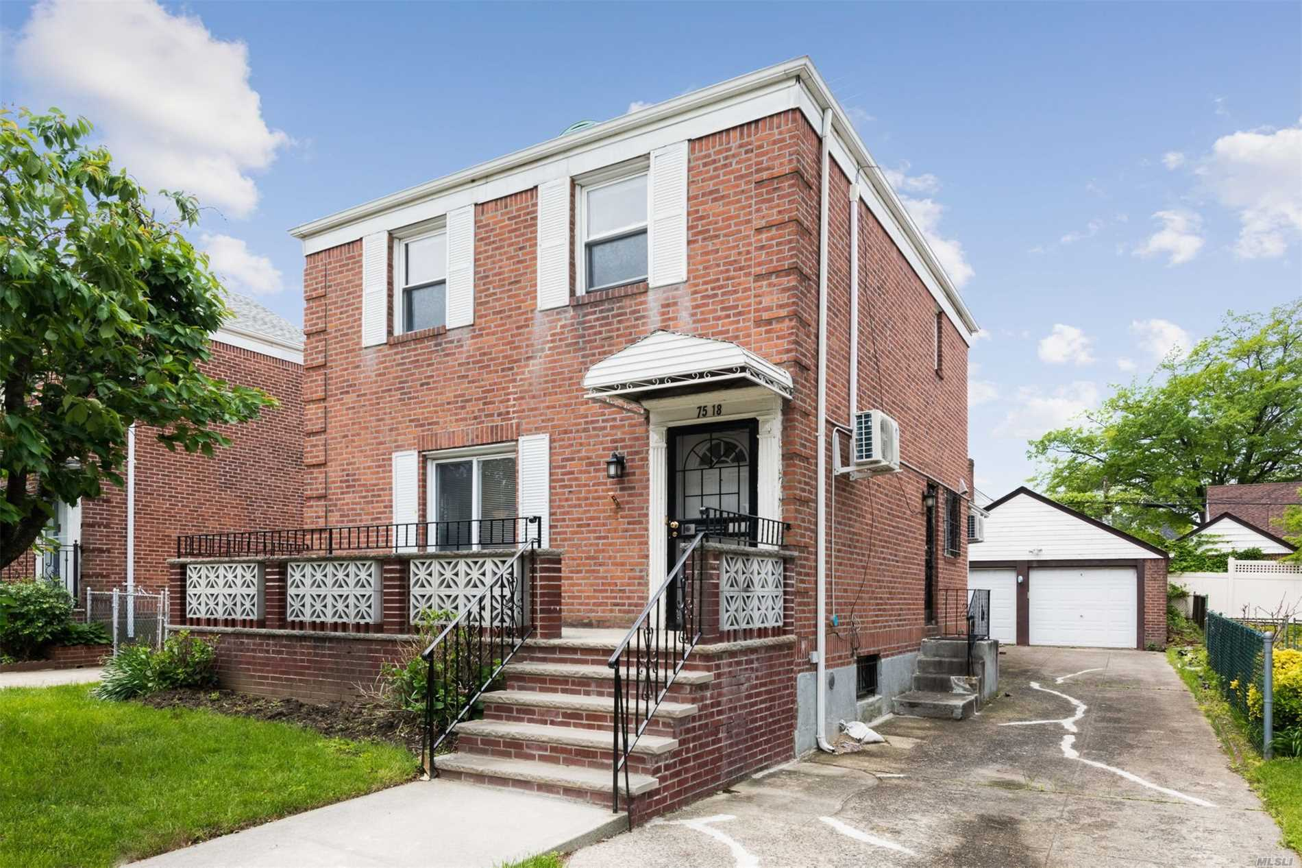 Beautiful newly renovated brick house in a quiet block of fresh meadows. This house features a long drive way and detached garage, 4 brooms, 2.5 baths, finished basement and plenty closet space. It is close to St. John's university, groceries, places of worship, restaurants and shopping stores. QM express buses to manhattan stop on union turnpike and Q30 on utopia parkway.