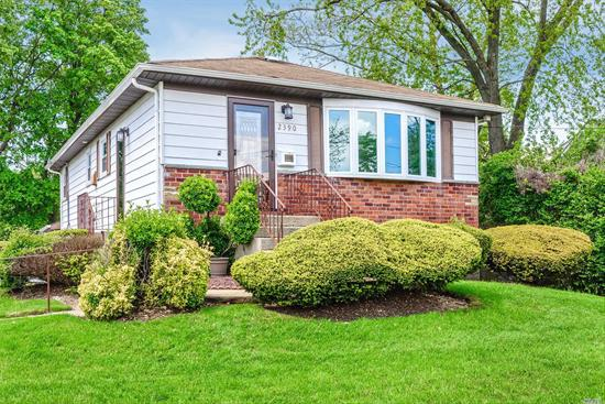 Newly renovated four bedroom home in prime location. Beautiful kitchen with hard wood cabinetry, stainless steel appliances and granite counter tops. New bathrooms, tons of space, over sized property, the perfect home