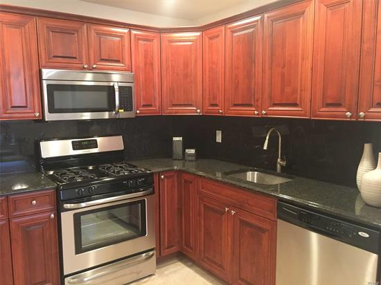 Newly Renovated Ext Incl Beautiful Landscaping.Spacious, Private Entry 1&2 Br. New Eat-In-Kitchen W/Raised Panel Cabinetry & Dining Area. Ceramic Tile Bath. Lovely Residential, Park-Like Setting.On-Site Laundry Center. Walk Lirr & Local Shops. Conv To Sunrise Hwy & Southern State Pkwy. Call