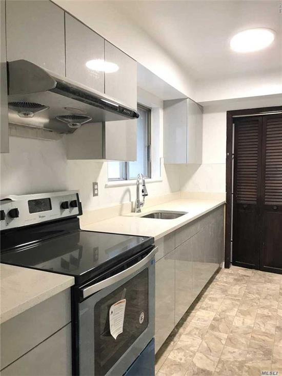 On 2Fl Duplex All Renovated New Wood Floor New Bathroom New Lights, 3 Bedrooms 2 Full Bath Dr Lr Eat-In Kitchen Laundry Room, 1 Parking Sd 26 Near Bus Station Q30 Exp Bus To Midtown