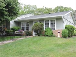 Beautiful Oakmont End Unit in Picture perfect setting! Formal Dinning Rm & Sunny kitchen, New Central Air system, Walk in shower in Bth, Spacious Living room with new carpeting throughout. Leisure Village pet policy is one pet.