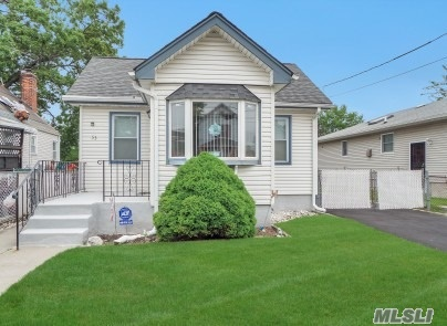 Lovely ranch features 2 bedrooms, LR/DR, EIK, new driveway, school dist#16, close to all transportation, shopping and houses of worship.