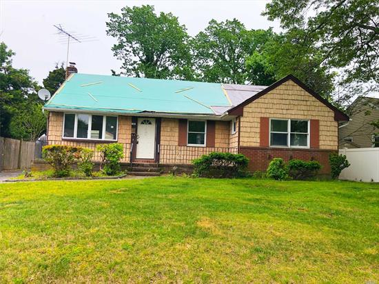 Ranch Style Home, Located In Wantagh. Offering 3 Spacious Bedrooms, One And A Half Bathrooms, Includes A Full Basement, Detached Garage ***Buyers Within The Initial 20 Days Of The Listing Period Restricted To Either Owner Occupants Or Non-Profit Organizations.**Must Sign Acknowledgement/Hold Harmless and Disclosure of Known Defects Prior To Entry**