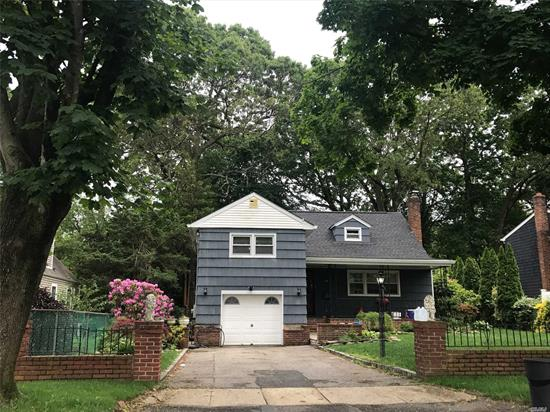 North Shore school district - Upscale whole house rental. Spotless split triplex with private yard. Freshly painted + kitchen newly renovated 2018 + all new stainless appliances + renovated bath + living room + dining room + 3/4 bedrooms + 2 full baths + den + washer/dryer + sliders to huge backyard patio. Near to railroad and shopping markets. Hurry!