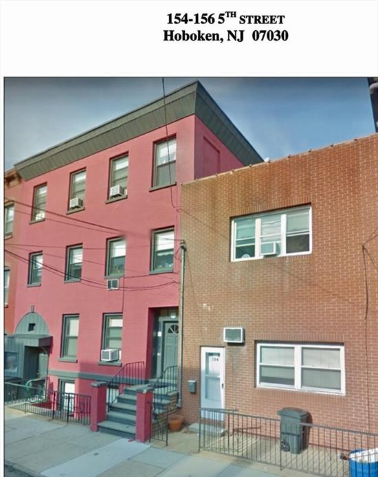 5 family invest property in the best section of town. Investors dream of properties like this!