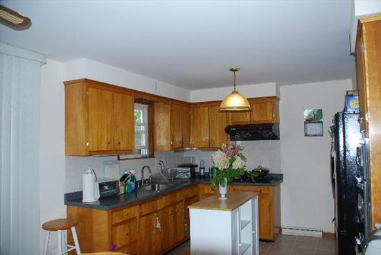 Nice Ranch on corner lot. This 3 Br home is a perfect starter. There is a full basement that could be finished to add more room. Transportation to NYC a couple blocks away.