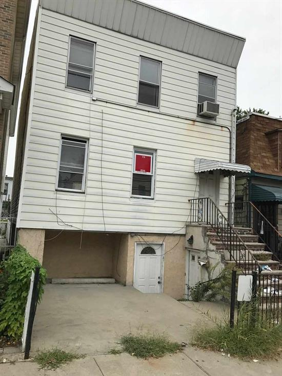 2 FAMILY HOME NEEDS TOTAL REHAB, IDEAL FOR CONTRACTOR/BUILDER. 25 X 100 FULL SIZE BUILDING LOT. BEING SOLD FOR LOT VALUE.