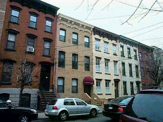 NICE BRICK 4 FAMILY, 4 1BR, 1BTHS, RENOVATED UNITS, VERY WELL KEPT BUILDING APARTMENTS, GREAT NEIGHBOORHOOD, CLOSE TO EVERYTHING, GOOD FOR INVESTMENT. ALL SHOWINGS, AND NEGOTIATIONS THROUGH LISTING OFFICE.