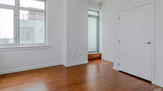 Huge Two beds/2 baths penthouse apt in Sky View Parc (Net 1273 Sq Ft. Balcony 102 Sq Ft & 192 Sq Ft) with astoning Queens and Manhattan View. Unit Features large Living Room & Bedrooms, two Independent Balconies, Island in kitchen, walking closets. Approx. 7 Years' Tax Abatement Left. NotthEstern Exposure. Amenities include: BBQ, Dog Run & Running Track 4-Acre Planted Roof Park 24/7 Fitness Center Seasonal Swimming Pool Children's Playground & Playroom Jacuzzi, Steam & Sauna Room 24/7 Doorman
