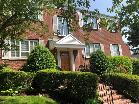 Beautiful One Bedroom Upper Unit Located In The Heart Of Huntington Village On A Lovely Tree Lined Street. This Unit Has Been Freshly Painted W/ Hard Wood Floors Throughout. Gas For Cooking! Maintenance Includes Taxes, Hot Water, Heat, Snow Removal, Landscaping, Pool And Laundry. Close To Huntington Village, LIRR And Beaches.