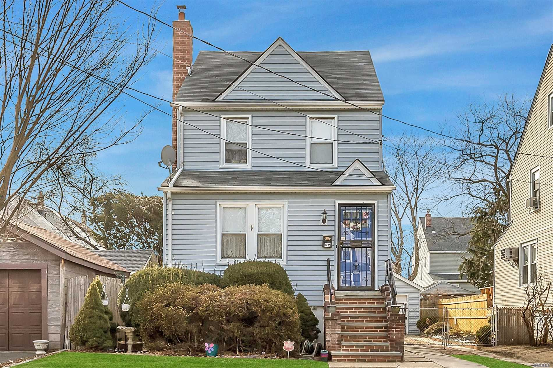 gibson colonial, convenient to LIRR, BUSES, 3 bedrooms,  basement, updates-3 bedroom, formal dining room, garage, low taxes