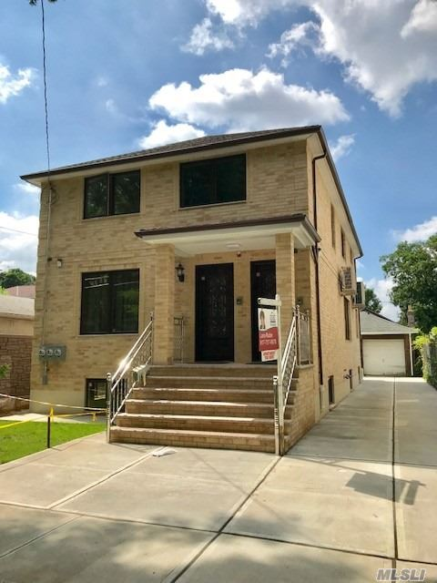 Beautiful Apartment For Rent in a Newly Constructed House. The Apartment Features Spacious 2 Bedrooms, Modern Bathroom, Kitchen With Granite Countertops/ Stainless Steel Appliances , Central Air Condition System, and a Large Terrace. Excellent Location .