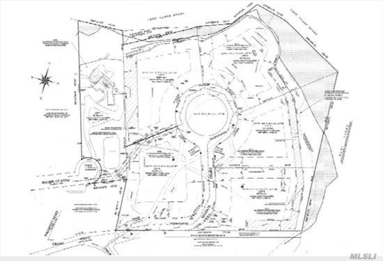 Land's End is the premier waterfront residential enclave on the North Shore of Long Island, offering just five exclusive buyers architecturally stunning homes in an once-in-a-lifetime setting in a most prestigious location within a top achieving school district, easily commutable to NYC. Lot #4 Total acreage 2.39. Net acreage 2.04 acres.